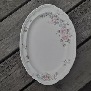 Pfaltzgraff Tea Rose 13x9 Oval Serving Plate